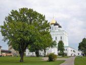 Pleskavas Kremlis. Trīsvienības baznīca.