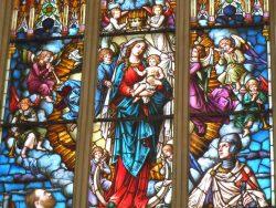 Витраж Дева Мария покровительница Ливонии