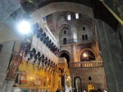 Вид на Голгофу - верхний уровень Храма Воскресения