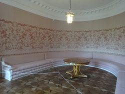 Полотняный завод Розовая диванная во дворце