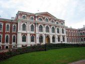 Елгавский дворец -резиденция курляндских герцогов и французских королей