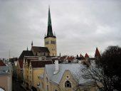 Вид на башню церкви Олевисте