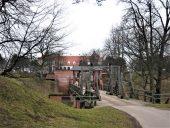 Разводной мост в крепость